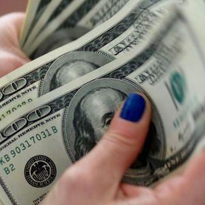 Курс валют тримається попередніх позицій