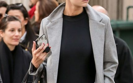 Street style: Джиджи Хадид забыла надеть юбку