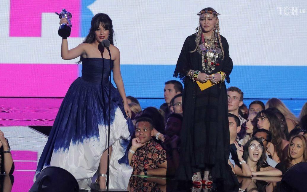 Camila бразильское выпрямление и Мадонна / © Reuters