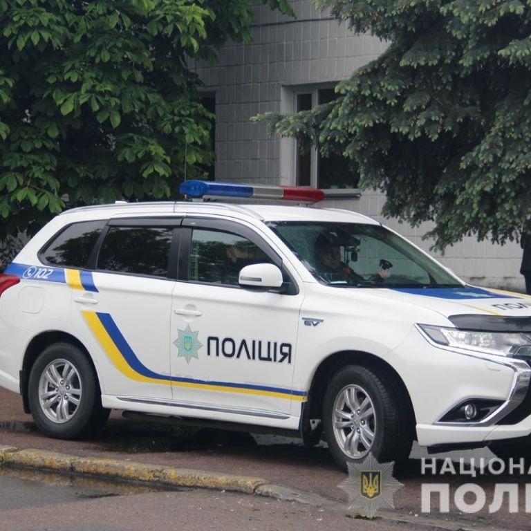В Винницкой области подростки украли трубу, которая подавала в больницу кислород для аппаратов ИВЛ