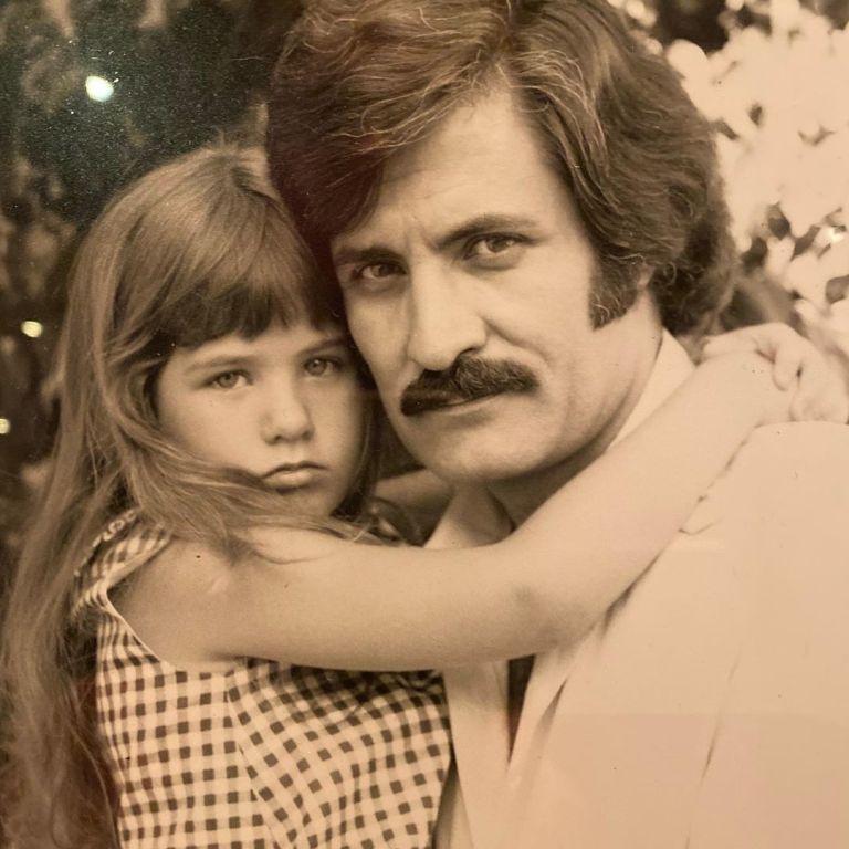 Як зворушливо: Дженніфер Еністон поділилася знімками, де зображена зі своїм батьком