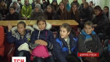 З міст Донбасу, які обстрілює ворожа артилерія, евакуюють дітей