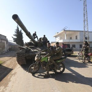 Святкували перемогу: сотні осіб отримали поранення після президентських виборів у Сирії