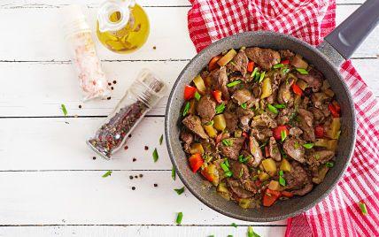 Теплий салат із курячою печінкою: рецепт у східному стилі