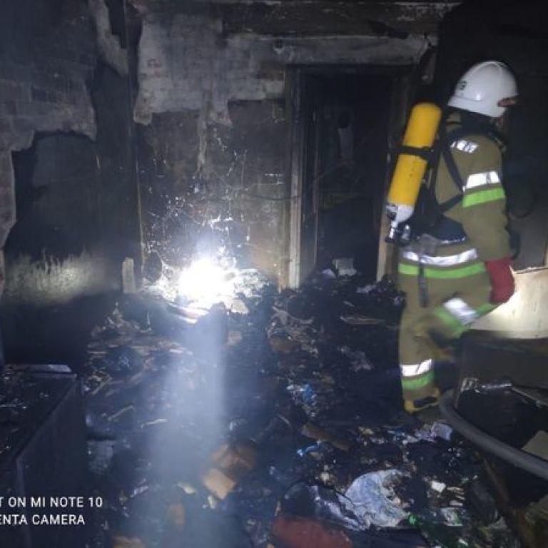 На Прикарпатье в результате пожара в квартире погиб мужчина (фото)