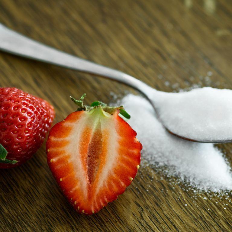 Весняні дощі спровокують дефіцит цукру в Україні