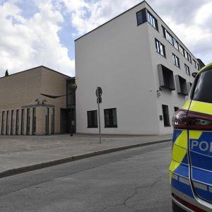 У Німеччині невідомий відкрив стрілянину і втік, є жертви
