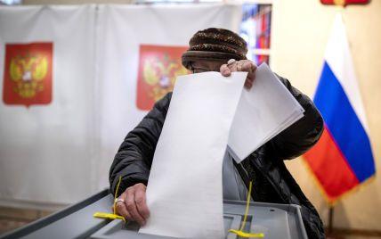 Двоголові вибори: як Росія видає паспорти жителям Донбасу та чим це обернеться для України й світу