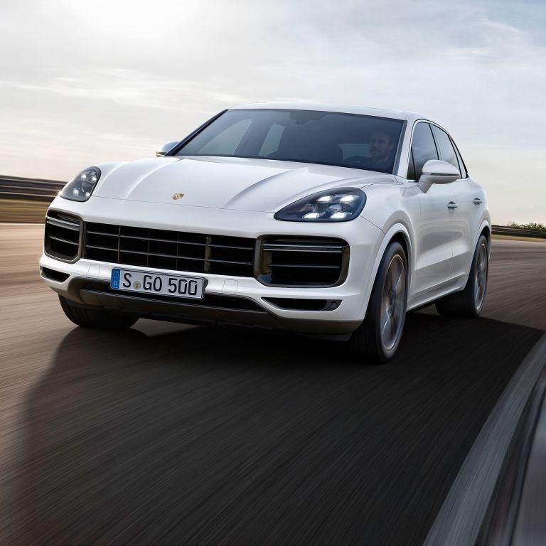 Усе про автомобіль Porsche Cayenne: що це за преміальний кросовер та чим саме він приваблює