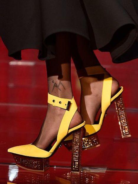 Versace  прет-а-порте сезона осень-зима 2015-2016 / © Getty Images