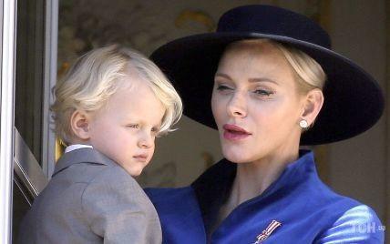Княгиня Шарлин не смогла разделить со своими детьми их важный день