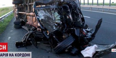 Аварія з українцями в Румунії: двоє пасажирів перебувають у важкому стані
