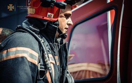 В Киеве утром загорелась комната в общежитии: эвакуировали 15 человек