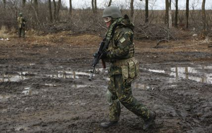 Під Гранітним точиться бій між силовиками та бойовиками, є поранені