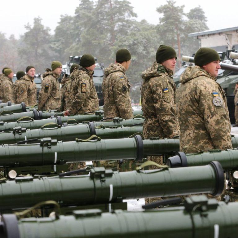 Директоров двух заводов оборонки в Украине отстранили из-за расследования о хищениях в армии