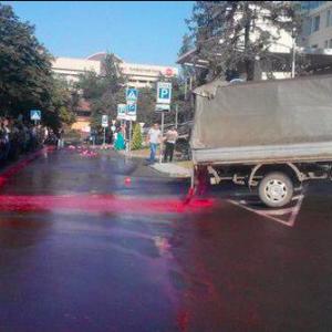 """В Донецке устроили """"кровавый"""" митинг против ОБСЕ"""
