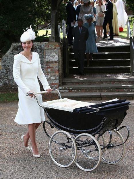 Герцогиня Кембриджская с принцессой Шарлоттой / © Getty Images