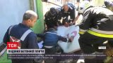Новости Украины: бетонная плита чуть не убила мужчину в Херсоне