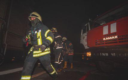 У Києві сталася пожежа на території храму: загинули дві людини