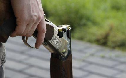 Пьяный одессит из дробовика стрелял по детям, которые играли в футбол под окнами