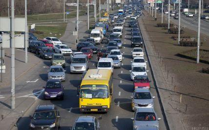 У Києві 6 жовтня обмежать рух низкою вулиць: список