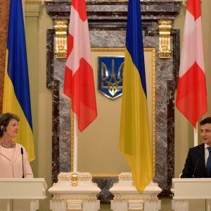 Швейцария выделила 115 млн долл. Украине: президент рассказал о результатах переговоров с Симонеттой Соммаругой