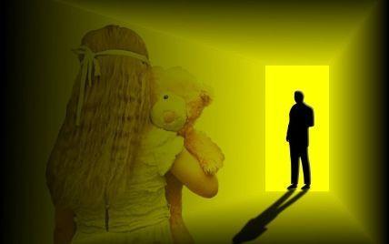 У Рівненській області брат займався сексом із неповнолітньою сестрою: на сполох забила бабуся