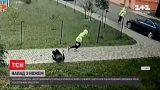 Новини України: 15-річного підозрюваного у нападі з ножем відпустили додому