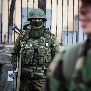 """Нова загроза для США: CNN повідомив, що РФ зганяє війська до Арктики та скоро випробує """"суперзброю"""""""