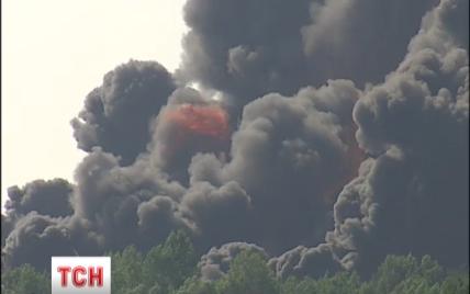 """Киев будут спасать от """"васильковского смога"""" мытьем улиц и контролем трафика"""