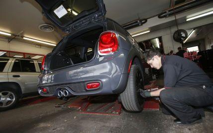 У Франції водіїв штрафуватимуть за відсутність зимових шин