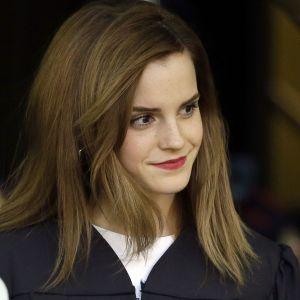 """Звезда """"Гарри Поттера"""" Эмма Уотсон назвала однополые отношения самыми здоровыми"""