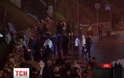 Активисты объяснили, почему захватили сцену на Майдане