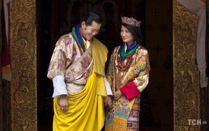 10 років разом: король і королева Бутану відсвяткували олов'яну річницю