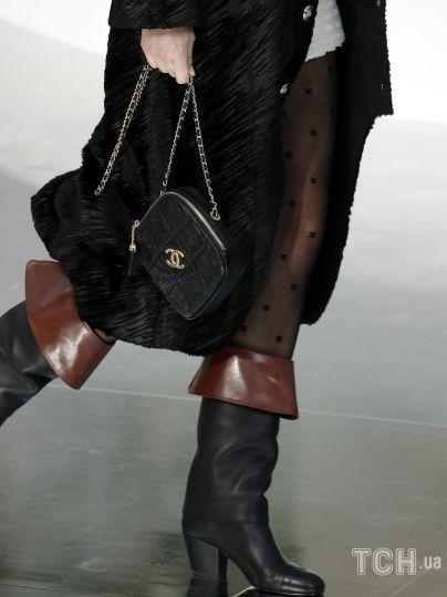 Коллекция Chanel прет-а-порте сезона осень-зима 2020-2021 / © East News