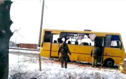 Кількість жертв кривавого обстрілу автобуса під Волновахою зросла до 11 осіб