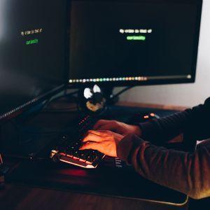 США не собираются предупреждать Россию об ответах на кибератаки