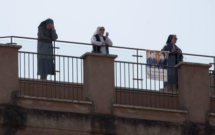 У Львові черниця розповідає студентам-медикам про гріховність аборту після зґвалтування та шкоду контрацепції: курс схвалив МОЗ