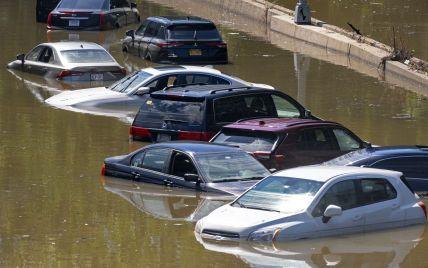 """Можуть з'явитися в Україні: у США підрахували кількість автомобілів-потопельників унаслідок урагану """"Іда"""""""