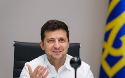 """У президента похвалилися, що українці вважають """"Велике будівництво"""" головною подією 2020 року"""