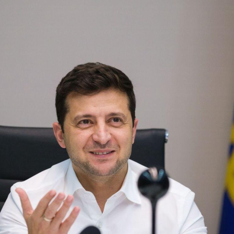 Зеленский пригласил Илона Маска посетить музей в Житомире