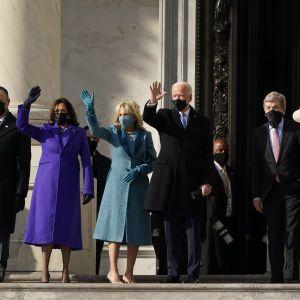 Команда Байдена: в Держдеп США повернуться багато співробітників адміністрації Обами