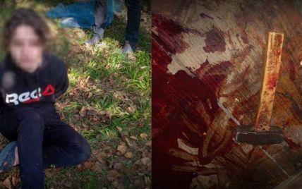 """""""Дабл кіл"""": стали відомі подробиці моторошного вбивства дідуся онуком на Прикарпатті"""