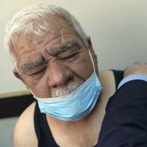 """Ученые заявили о новых опасных мутациях """"британского"""" штамма в Украине"""
