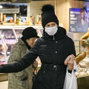 Бытовая химия, батарейки, лампочки: на время локдауна супермаркетам запретили продавать ряд товаров