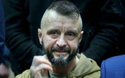 Экспертиза показала, что подозреваемый в убийстве Шеремета Антоненко выше мужчины с камер наблюдения - СМИ