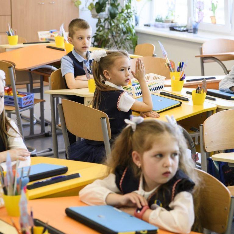Шкільні внески: чи законно це і чи можуть батьки відмовитися здавати гроші