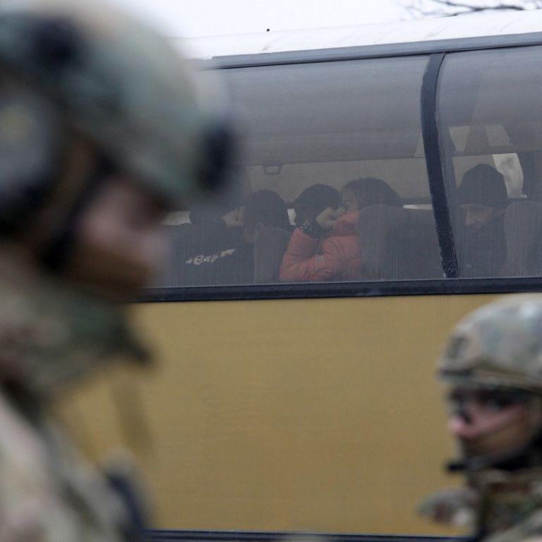 Україна хоче повернути близько 100 осіб під час наступного обмінуполоненими на Донбасі - ТКГ
