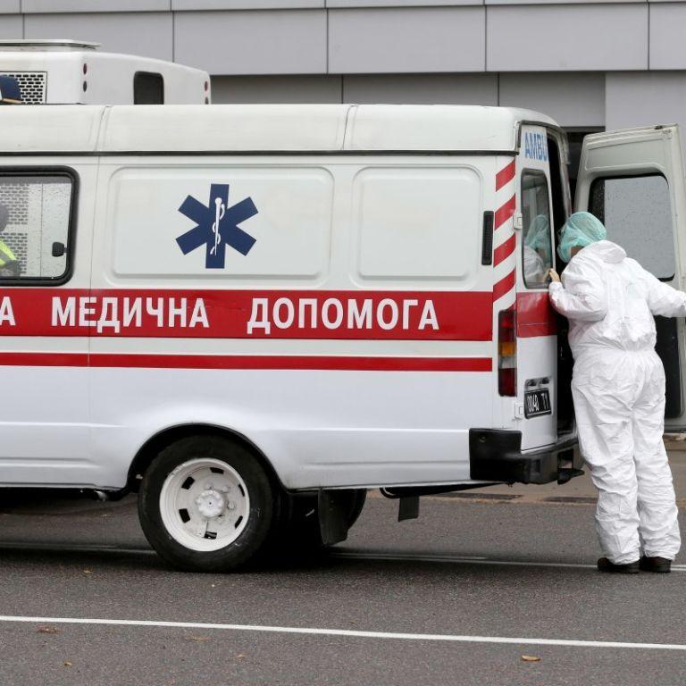 В Івано-Франківську побили медикиню швидкої допомоги, яка приїхала на виклик