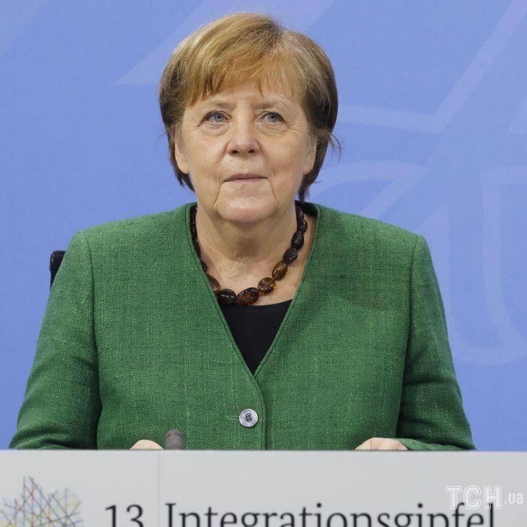 Саміту ЄС з Росією не буде: лідери Євросоюзу відкинули пропозицію Меркель зустрітися з Путіним
